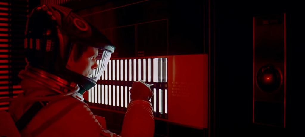 HAL 9000 (sur la droite) dans 2001 : L'Odyssée de l'espace