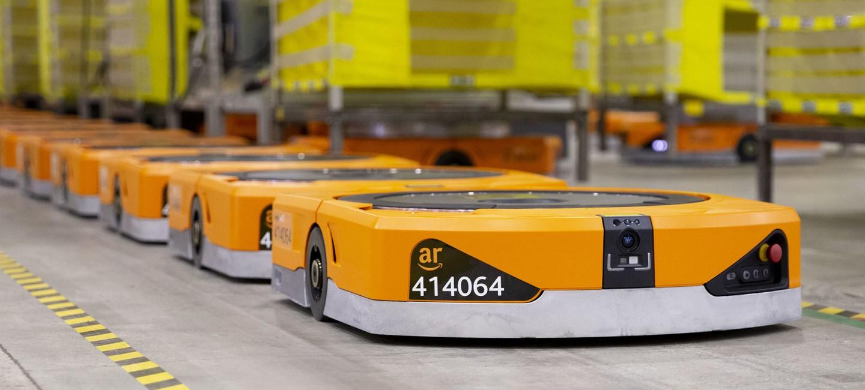 Robots de Kiva Systems © Zak Brickett (Amazon)